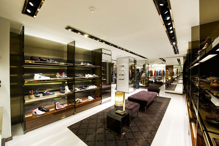 18 best images about gucci retail on pinterest museums for Retail interior design agency london