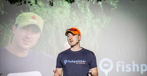 George Dragne (Fishpointer): We are planning to engage English speakers in expansion push https://www.facebook.com/fishpointer1/