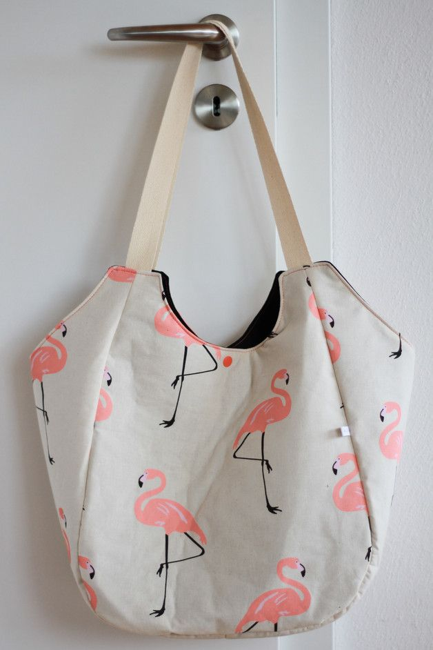 "Canvastasche für den Sommer: Der Shopper ""Flamingo"" ist eine super Strandtasche / canvas bag for summer: the shopper with flamingo print can be used as a beach bag - made by Sahneschnittchen via DaWanda.com"