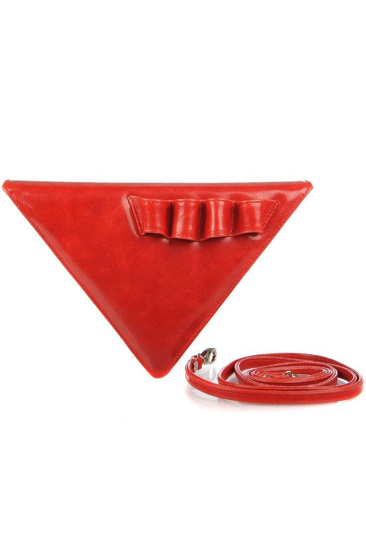 Geanta triunghi piele rosie cu bareta detasabila