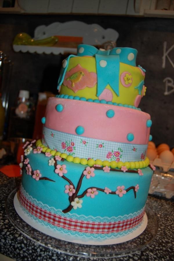 PIP Studio cake