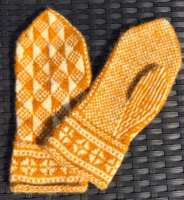 Hand made Swedish mitten pattern