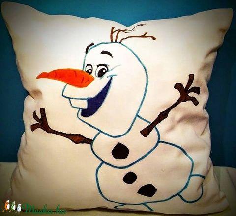 Gigush Design karácsonyi hóemberes (Olafos) díszpárna (Gigush) - Meska.hu