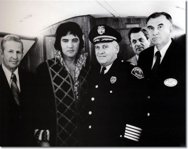 tuscaloosa-police-chief-william-marable-november-14-1971-elvis-presley