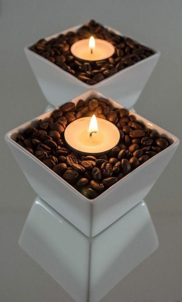 weiße Schale, Kaffeebohnen, kleine runde Kerzen, Teelicht   – Decko