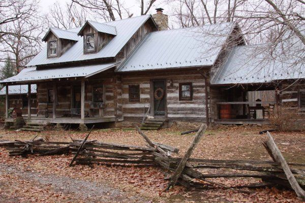 43 best colonial fences images on pinterest colonial for Colonial log homes