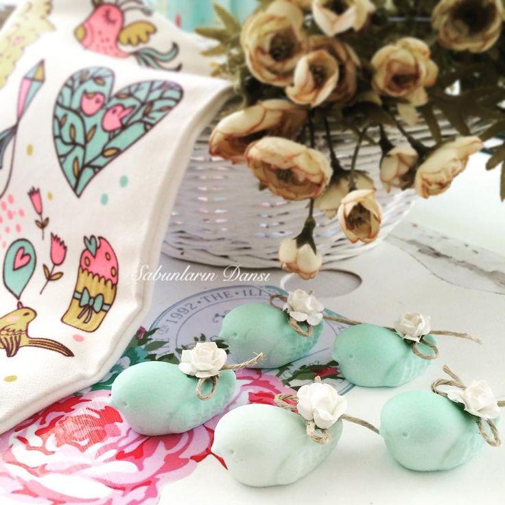 Kokulutaş kuşlar  fiyat bilgisi için iletişime geçebilirsiniz  #düğün #nişan #kına #organizasyon #konsept #söz #doğumgünü #doğum #bebek #iganneleri #instalove #instadaily #parti #today #pazartesi #kokulutaş #kuşlar #dekor #dekoratif #sabun