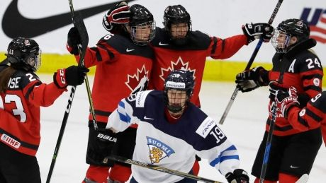 Canada blanks Finland to advance to hockey worlds final