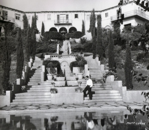 110 best Homes of old Hollywood images on Pinterest Hollywood