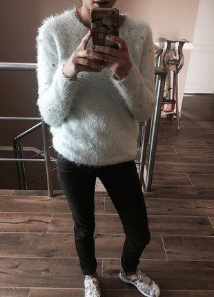 Kup mój przedmiot na #vintedpl http://www.vinted.pl/damska-odziez/swetry-z-dekoltem/15029755-mietowy-cieply-sweter-puchaty-z-dzetami-na-rekawach-uk-8-eur-36