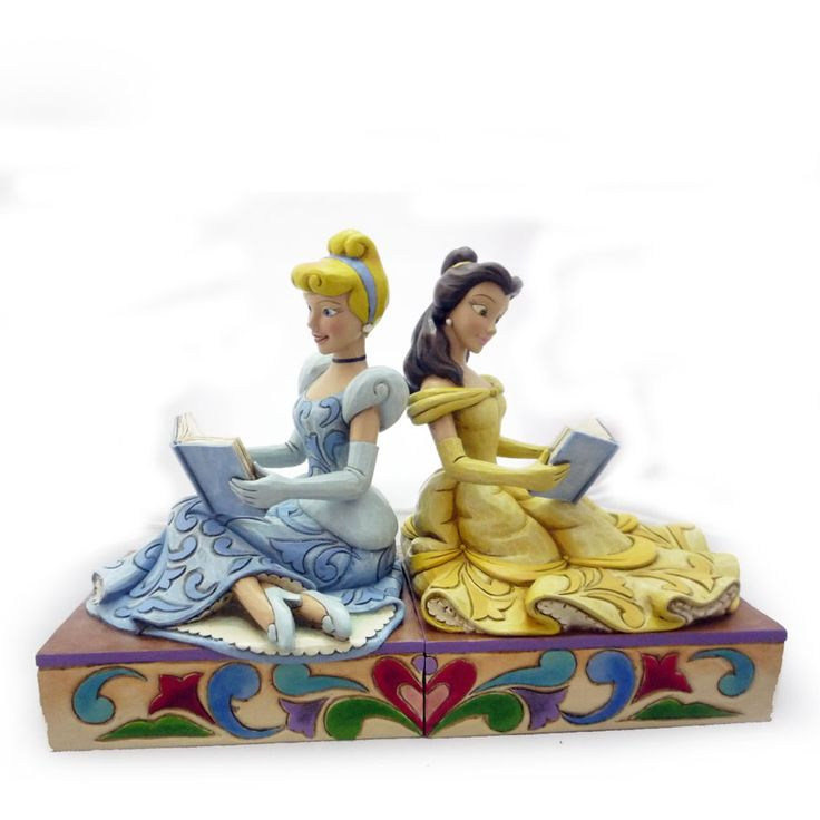 Need a little royal help keeping your books together? CINDERELLA AND BELLE BOOK ENDS (Jim Shore Disney Traditions)