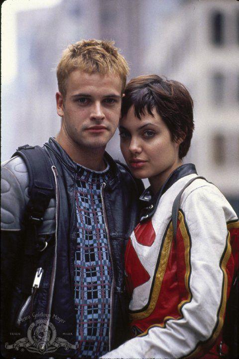 Jonny Lee Miller and ex-wife Angelina Jolie in Hackers (1995)