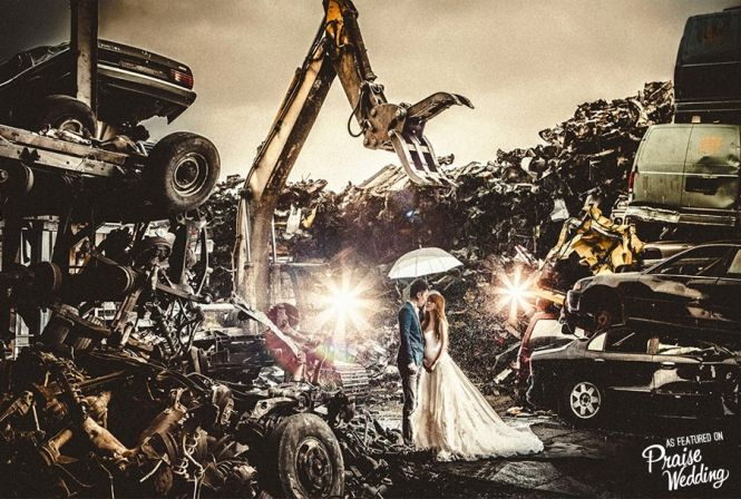 Dramatic & creative pre-wedding scene