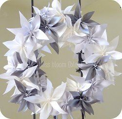 Satin Ribbon Poinsettia Wreath | AllFreeChristmasCrafts.com