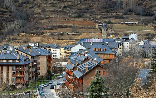 Sort, the catalan capital of luck (loteria!), Pallars Sobira, Catalunya Nord, Spain   Barcelona Airport Private Arrival Transfer ! Excursions specialist in Barcelona The Catalan architec
