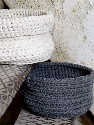 Virkattu kori Novita Tuubi | Novita knits
