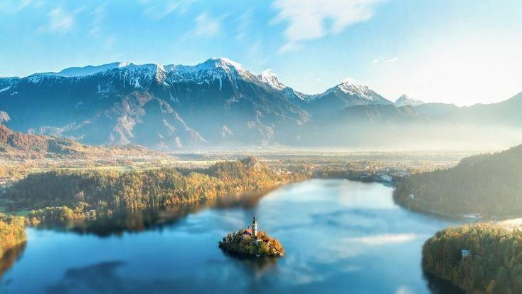 Bledské jazero: Jedno z najkrajších miest Slovinska, ktoré by ste mali určite navštíviť   interez.sk