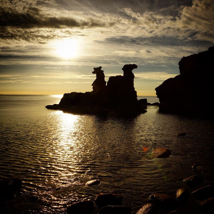 Löwenkopf- & Kamelkopffelsen auf Bornholm #Felsen #Löwenkopf #Kamelkopf #Klippen #Bornholm #Dänemark #Ostsee #Sonnenuntergang
