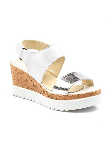 """BOBERCK Women's Open Toe Platform Summer Wedge Leather Sa... https://www.amazon.com/dp/B071L43M1N/ref=cm_sw_r_pi_dp_x_IeodzbRPZMPPC   Leather True to size Imported Synthetic sole Platform measures approximately 3.00"""" Leather Upper Leather Lining Super comfortable Eva Sole Hand Crafted Leather Travel bag included Free same day shipping"""