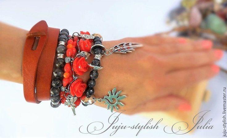 """Купить Сет из четырех браслетов """"Коралловые розы"""" - коралловый, коралловые розы, Браслет ручной работы"""