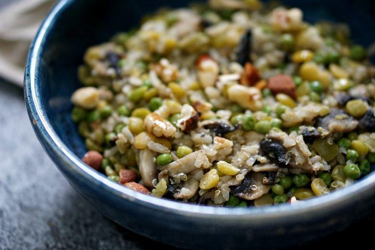 Salade d'hiver lentilles, pois cassés, pois chiches, petits pois, champignons...