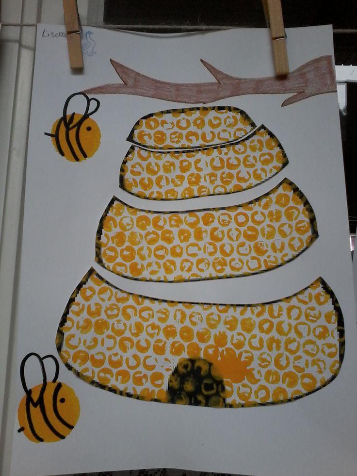 Bijenkorfpuzzel ( gemaakt met bubbelplastiek)