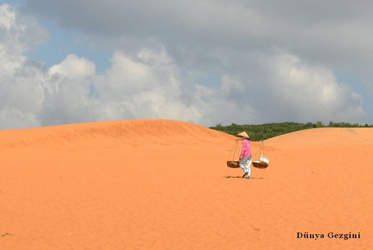 Mui Ne Kızıl kum çölü