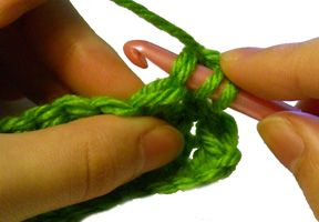 How to Crochet: Half Double Crochet Stitches (hdc) - Tutorial
