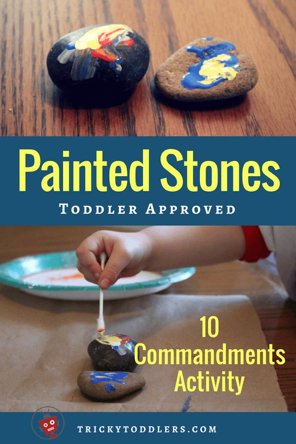 Easy 10 Commandments Bible activity. Two painted stones to represent the two stone tablets. Fun toddler and preschool activity. trickytoddlers.com