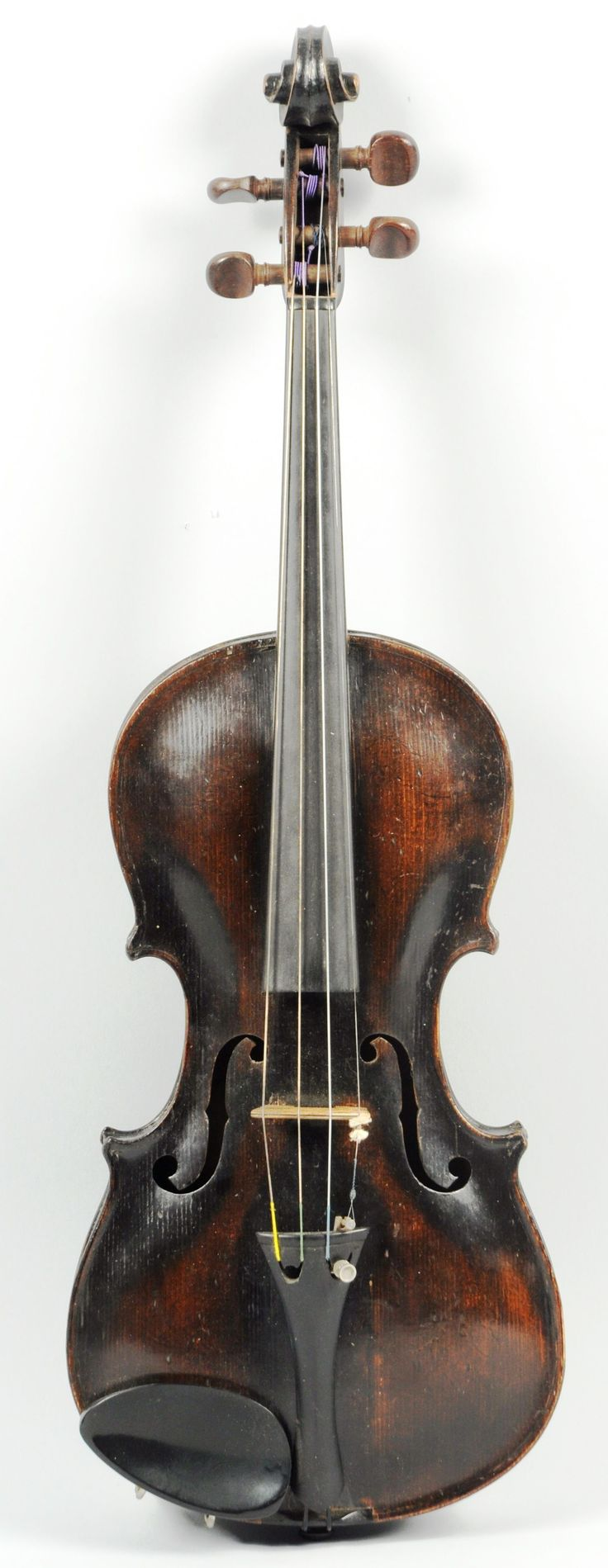Jacobus Steiner Model Violin. Full size and in playing condition. #Steiner #Violin #MorphyAuctions