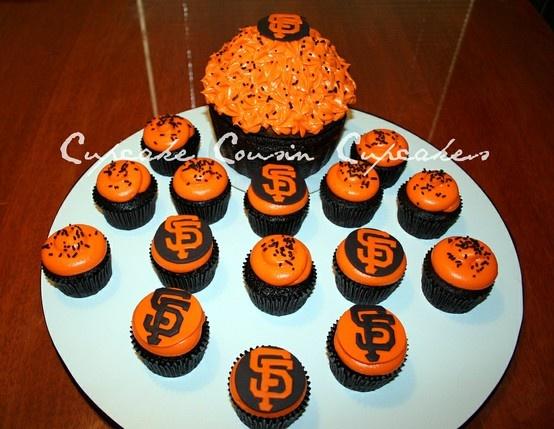 San Francisco Giants cupcakes---GO GIANTS....Let the World Series begin!!!
