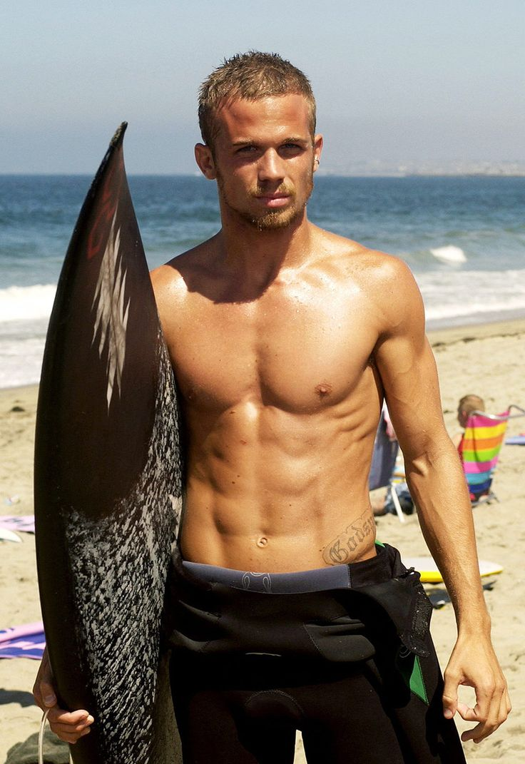 Dear Hollywood, please put Cam Gigandet in more movies. Thanks