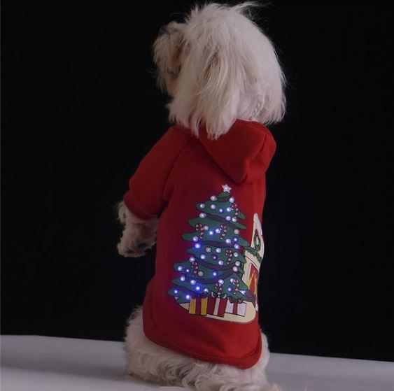 Christmas LED Pet Coat Dog Soft Cotton Clothes  Brand New 100% Cotton Pet Dog Costume Warm Winter LED Christmas Coat Cute Dogs Clothes Hoodie Jumpsuit Four Leg Clothing For Dogs   Features:   1. Effect: Keep warm, protect the pet body temperature. 2. Fabric: Cotton 3. Color : Red 4. Size: XS,S,M,L,XL   Package:    1* LED pet jacket 2* Button batteries(CR2032)