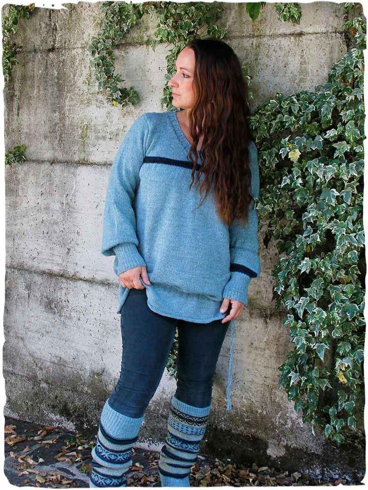 Pullover Mina premaman  #Pullover in #lanaalpaca con scollo a V, maniche lunghe e coulisse. #premaman - See more at: http://www.lamamita.it/it-IT/store/abbigliamento-invernale/2/moda-premaman/pullover-lungo-mina#sthash.NGiuo0v7.dpuf #abbigliamentopremaman #modalana #maglionilana