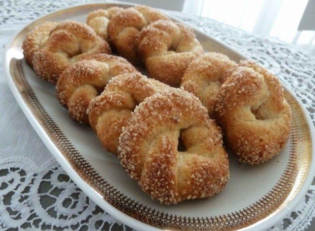Biscotti al vino bianco e zucchero di canna