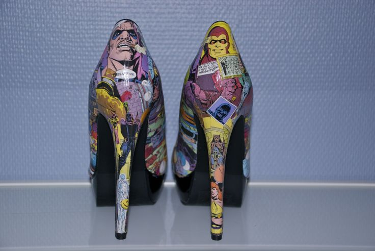DIY comic book (Watchmen) heels, a step by step picture tutorial!