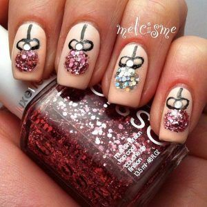 Sparkly Christmas Baubles Nail Art Design