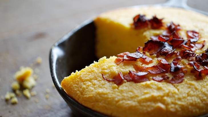 Corn bread one of the more delicious staples of America's southern cuisine and goes beautifully with smoky barbecued meats, jalapeno chillies, southern fried chicken or chicken gravy.