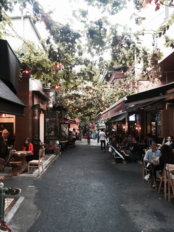 Lovely Cafes and Restaurants in Karaköy, Istanbul Turkey
