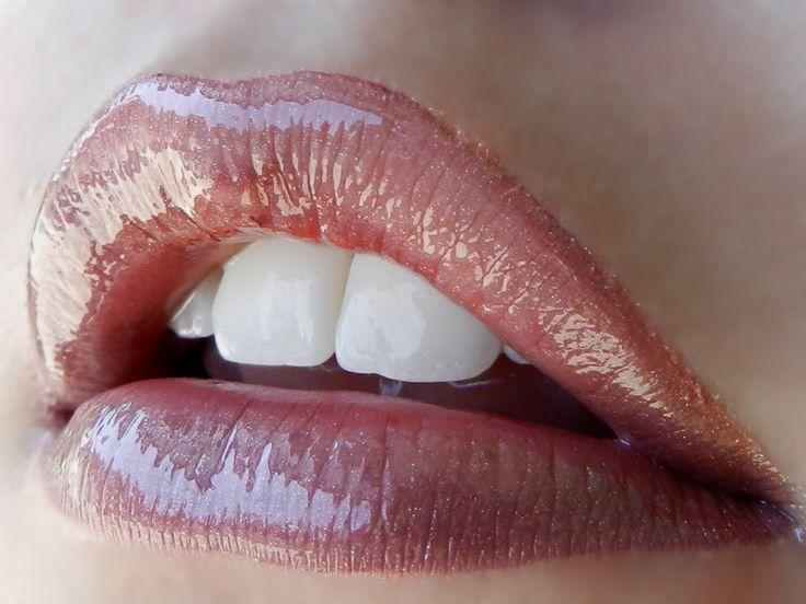 1 layer Berry #LipSense, 2 layers Bombshell LipSense, Topped with Rose LipSense Gloss