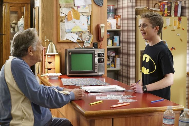 Wonder Con 2017: The Goldbergs tackle the Bat with Kevin Smith