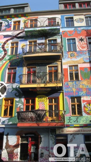 Colourful house Friedrichshain Berlin Kreuzberg Kreutzigerstrasse