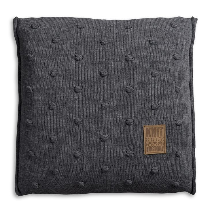 Pillow 50x50 - Noa VZ antra by Knit Factory www.knitfactory.nl
