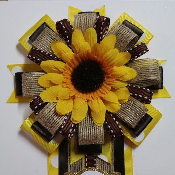Pin by Elizabeth Smith on Cakes   Sunflower wedding cake