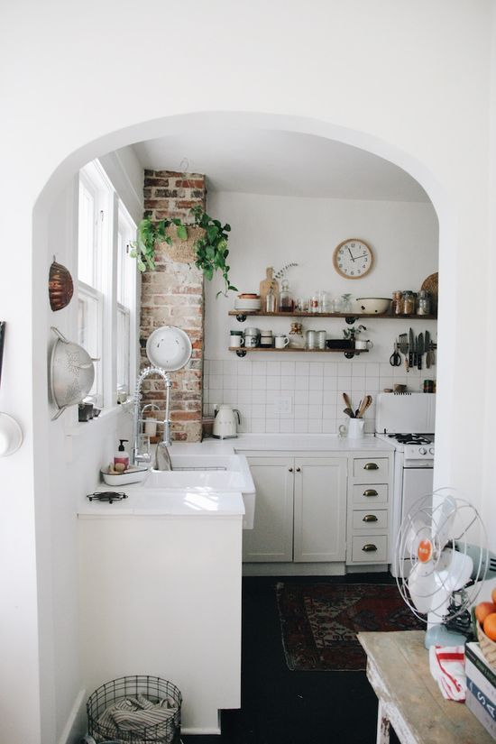 Inside the Nashville Home of an Airbnb Instagram Star