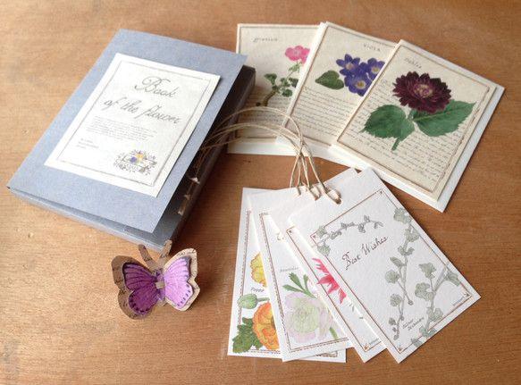 book of the flower[カード 3セット/メッセージタグ 4枚] 本をイメージしたボックスに入れたカードセットです。リボンに見立てた蝶のタグ付き...|ハンドメイド、手作り、手仕事品の通販・販売・購入ならCreema。