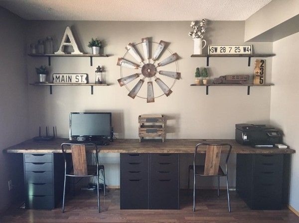 Check out this #farmhouse style home office decor with a rustic tabletop and wall art. Love it! #HomeDecorIdeas #HomeOfficeIdeas #FarmhouseStyle @istandarddesign