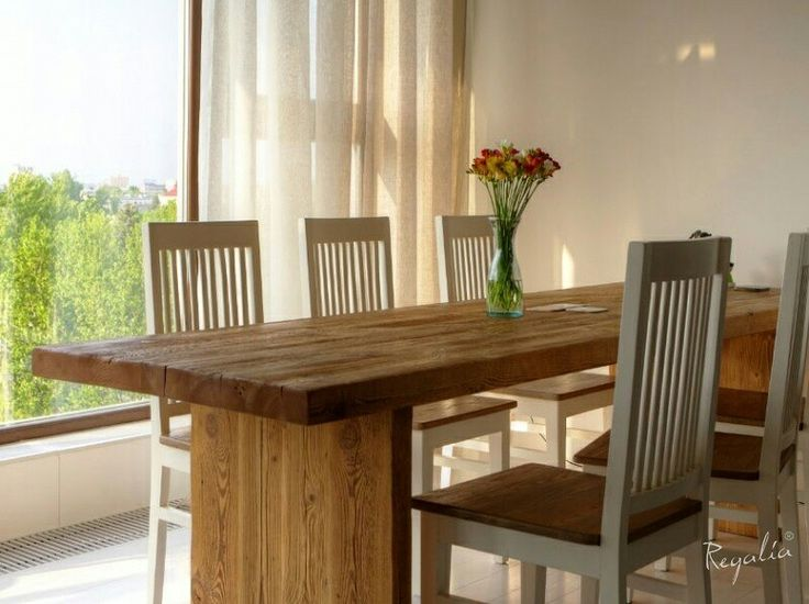 Niepowtarzalny i oryginalny #stol ze starego drewna :) #regaliapolskamanufaktura #staredrewno #staredeski #drewno #wooden