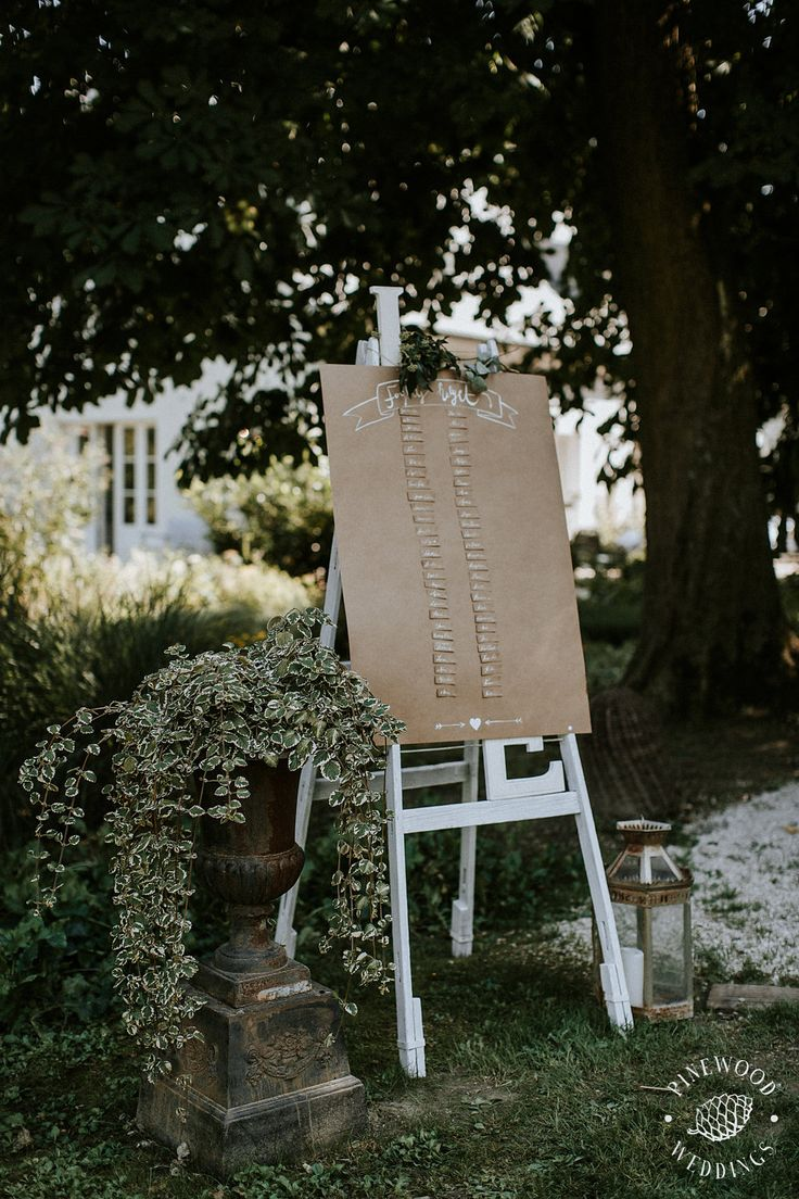 Rustic style wedding welcome sign