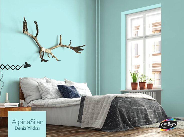 Yatak odasında doğru renk seçmenin püf noktaları! Kaliteli bir uyku için kırmızı gibi uyarıcı renkler yerine, pastel tonları tercih edebilirsiniz. Deniz Yıldızı, Kalsit gibi açık mavi ve yeşil tonlarının rahatlatıcı etkisiyle uykuya daha kolay geçiş yapabilirsiniz. http://bit.ly/237Hysc